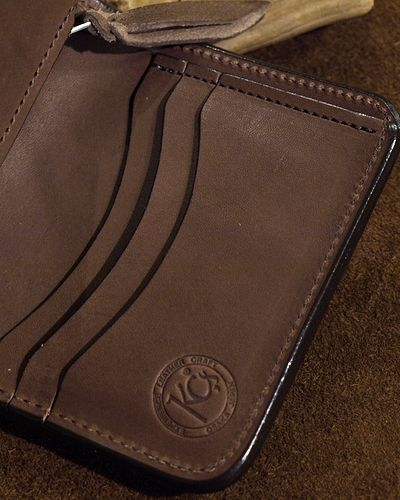 画像2: KC,s -BILLFOLD SHELBY HORSEHIDE 5¢ concho- BROWN