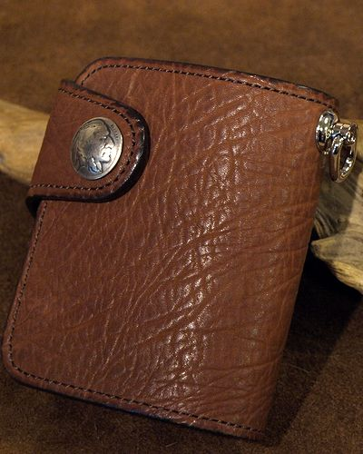 画像1: KC,s -BILLFOLD SHELBY HORSEHIDE 5¢ concho- BROWN