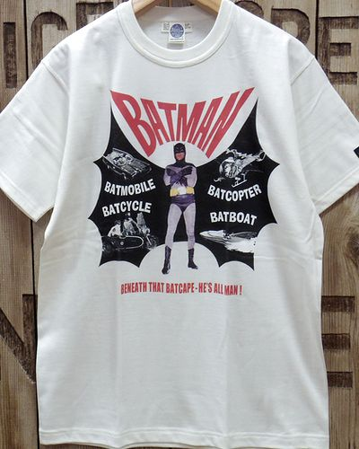 "画像3: TOYS McCOY -BATMAN TEE ""BENEATH THAT BATCAPE-HE'S ALL MAN!""-"