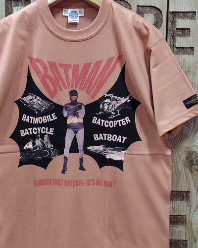 "画像2: TOYS McCOY -BATMAN TEE ""BENEATH THAT BATCAPE-HE'S ALL MAN!""-"